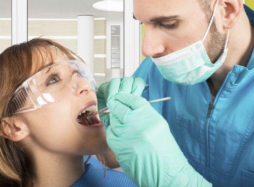 nettoyage bi-annuel chez le dentiste