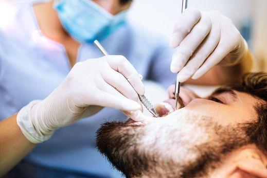 symptomes de la carie dentaire